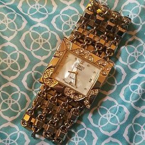 Figaro Cputure Rhinestone Watch.